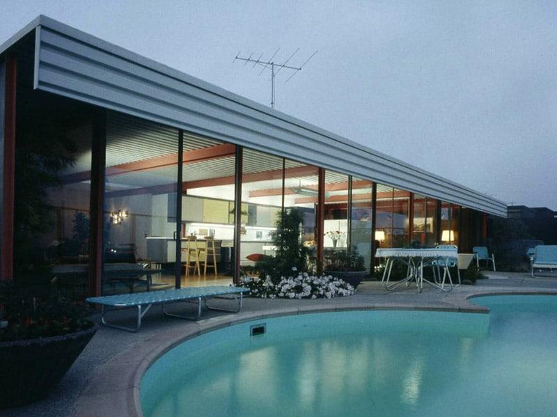 Eichler X-100 poolside, from Life Magazine